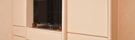 armadio tv arancio